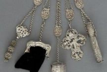 Chatelaine / Mooie klederdracht accessoires