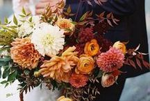 Autumn Wedding Flowers / We share our favourite Autumn wedding flowers and fall bouquet inspiration