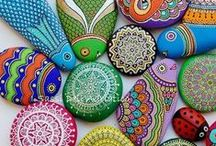 Craft Ideas / All in all general list of cool and interesting arts 'n craft ideas.... / by Pamela Ellis