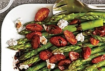 Veggies, sides, appetizers, and dips / by Shauna Sigmon