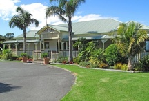 Matakana Country Lodge / Matakana Country Lodge is a boutique lodge situated 1 hour North of Auckland, NZ.  Near enough for the day, far enough for a stay! Escape the city, relax and unwind in our peaceful rural setting surrounded by native bush and full of native bird life.