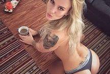 Fitnessbabes mit Tattoos / Die besten Bilder von Fitnessbabes mit coolen Tattoos