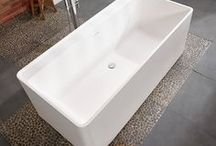 Freestanding Baths / Make a statement. Bathe in luxury. Choose one of our beautifully crafted freestanding baths and make a big impression, regardless of the look you're going for. We include in our range a variety of bath sizes, from contemporary style, to gorgeous period designs, we've got the perfect stand-alone bath around which you can build the bathroom of your dreams.