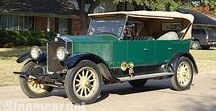 Stanley Steamer / The Stanley Motor Carriage Company was an American manufacturer of steam-engine vehicles; it operated from 1902 to 1924. The cars made by the company were colloquially called Stanley Steamers, although several different models were produced