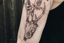 Cool tattoos / by Daisy Scharnhorst