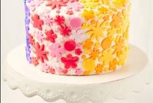 Rainbow cake/cupkake/pops