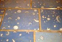 Capalbio e il Giardino dei Tarocchi (54 km) / Il Giardino dei Tarocchi si trova vicino a Capalbio: è un omaggio a Gaudì dell'artista Niki de Saint Phalle, con statue ispirate alle figure degli arcani maggiori dei tarocchi. Non è ideato per i bambini, ma certamente i bambini ne saranno entusiasti