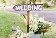 A Garden Affair / Plan an elegant garden wedding featuring flowers, greenery, and lots of style.