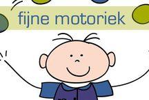 Kleuters motoriek / Oefeningen, lesideeen ter bevordering van m.n. de fijne motoriek