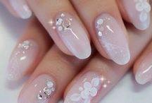 Bridal nails / Beautiful nails for a beautiful bride