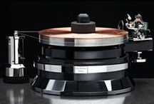 Turntables / Record players, turntables, all the different ways to play your vinyl record collection.