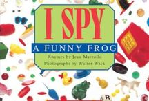 I SPY 8X8 / Simple picture clues and rhyming riddles guide the youngest readers through interactive, fun-filled spreads. Ages 3 - 5.
