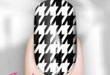 HOUNDSTOOTH NAILS / by Rebel Nails