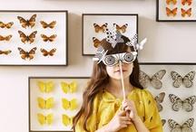 Like a flower hugging a butterfly / Rosso Prezioso jewels