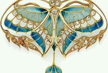 art nouveau jewellry