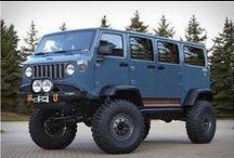Vehículos / Diferentes tipos de vehículos, algunos peculiares, otros no tanto.