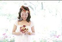 お花直し / お花直しとは、ドレスは一着のままで、ブーケや花の髪飾りを変えることでお色直しをすることをいいます。 手に持つブーケや髪型で、大きく印象がかわります。
