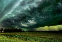 The Storm / Beautiful storm images from our planet.