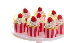 # Cupcake Love / Chocolate, Caramel, Banana, Lemon, Strawberry, Vanilla, Buttercream , Cherry and Coconut mmmm