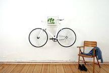 Bike to the Future / Bike to the Future neemt je mee naar de toekomst van het fietsen, met een indrukwekkende preview van prototypes en nieuwe gadgets, uitgedacht door de meest ingenieuze ontwerpers.
