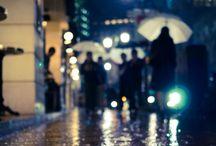 、Faceless crowd