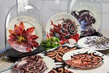Tableware / Tableware from plates to paper runners make your dinner setting catch the eye and keep your dinner party conversation sparkling with so great table settings.