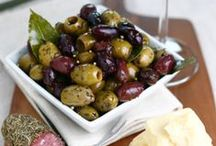 Olives / These beautiful fruits make our world go round