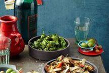 Urlaub zu Hause! / Paella, Sushi, Currys oder Minestrone schmecken auch zu Hause ganz fantastisch! Entdeckt unsere Urlaubsküche mit tollen Rezepten aus der ganzen Welt.