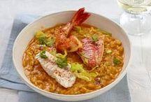 Leckere Fisch-Rezepte / Frischer Fisch ist ein wahrer Genuss. Er lässt sich vielfältig zubereiten und schmeckt warm, kalt, als Vorspeise, Hauptgang oder kleiner Snack zwischendurch. Entdecke hier tolle Fisch-Rezepte!