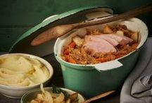 Winter-Rezepte / Im Winter mögen wir es deftig und heiß: Eintöpfe, Geschmortes, Aufläufe oder auch mal ein süßes Hauptgericht sind dann genau das Richtige. Entdecke hier viele leckere Winter-Rezepte!
