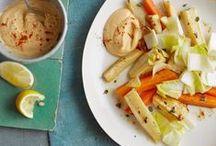 Frisches Gemüse der Saison / Auch in der kalten Jahreszeit wollen wir mit frischem Gemüse kochen. Rote Bete, Lauch, Kohl und Co. lassen sich vielseitig zubereiten und zu herrlichen Gerichten verarbeiten. Entdecke unsere tollen Rezepte mit Saisongemüse.