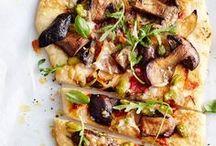 Pikante Pilz-Rezepte / Würzig, aromatisch und ganz sicherlich ein toller Genuss in Sauce, Salat oder gleich als Hauptgericht: Pilze lieben wir für unsere Rezepte! Könnt Ihr Euch bei all den leckeren Gerichten entscheiden?