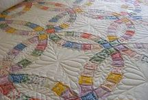 Quilts / by Laura Hermansen