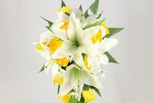 Yellow Wedding Theme / Yellow colour themed wedding flowers by Petals Polly. www.petalspollyflowers.co.uk