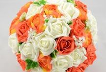 Orange Wedding Theme / Orange colour themed wedding flowers by Petals Polly. www.petalspollyflowers.co.uk