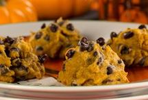 Our Favorite Healthy Fall Recipes / If you're looking for healthy fall recipes you've come to the right place. We've got plenty of fun fall recipes from fall appetizer recipes to fall dessert recipes and everything in between.  Enjoying classic comfort food can be healthy and delicious this season!