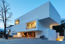 EXCEPTIONAL BUILDINGS & HOUSES / by Arnaud P