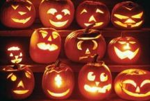 Halloween: costumes and cuisine / Food, costumes, decorations and other seasonal ideas...  ummm...    Boo!!