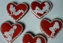 Valentine's Day - honey cookies / Valentine's Honiees - honey cookies prepared specially for St. Valentine's Day Valentýnské perníčky