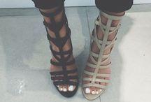 [ shoes ] / walk a mile.✖️