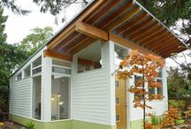 Ideas - Tiny houses / by Valerie Lafontaine
