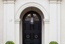 GATES / DOORS / COLORS / ARTS