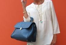 elegancka sportowa pensjonarka / moda kobieca elegant sport bussines woman