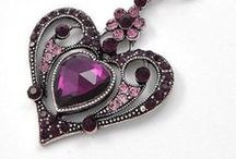~Purple...Jewelry~ / by Elizabeth .