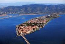 Villagi Toscana / Vesničky v Toskánsku nabízejí dlouhé písečné pláže s průzračně čistým mořem. Vhodné pro rodiny s dětmi, stejně tak pro skupinku přátel, kteří preferují vodní sporty. S námi Vás čeká kouzelná dovolená v Toskánsku!