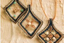 Bijuteria / Jewelry / Renda de bilros - Esquemas e desenhos de bijuteria || Bobbin lace - Patterns of jewelry