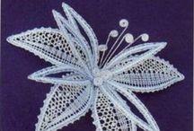 Flores / Flowers / Renda de bilros - Esquemas e desenhos de flores    Bobbin lace - Patterns of flowers