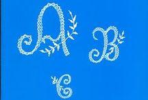 Letras / Letters / Renda de bilros - Esquemas e desenhos de letras    Bobbin lace - Patterns of letters