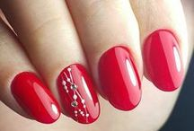 Red & Burgundy nails