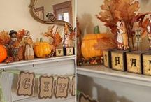 Thanksgiving Fireplace Decor / If you're looking to spruce up your home for the upcoming holiday season, the fireplace mantel is an excellent place to begin creating your decorating theme! So go ahead and curl up with a hot cup of apple cider, and join us for some beautiful and inspiring ideas to help you decorate your fireplace mantel for Thanksgiving.